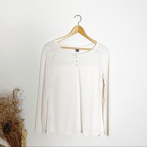 Eddie Bauer White Lace Detail Long Sleeve Top Med